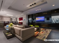 LIVING-ROOM-TV_Vanish_PDC_Logo